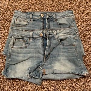 2 pairs of American Eagle size 6 shorts